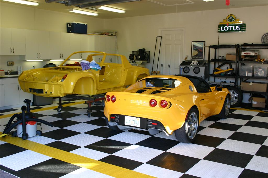 Modern Garage Wall Color Ideas Image Collection - Wall Art Design ...